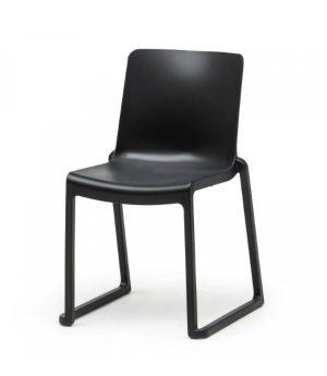 Stapelstoel Milton Chair
