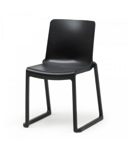 Stapelstoel Milton Chair